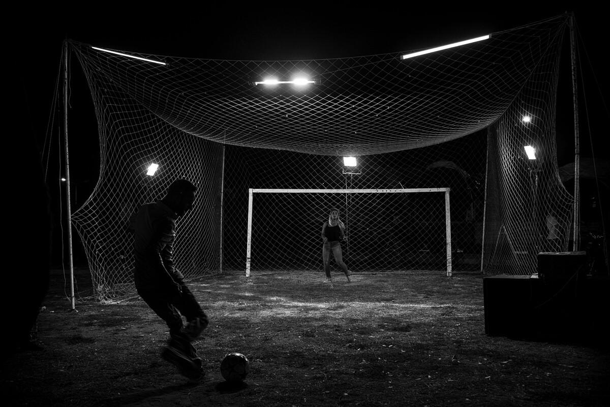 Ağır top ile kaleciye gol atma.